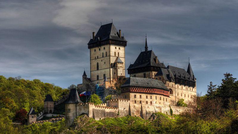 Objevujte historii na hradě Karlštejn