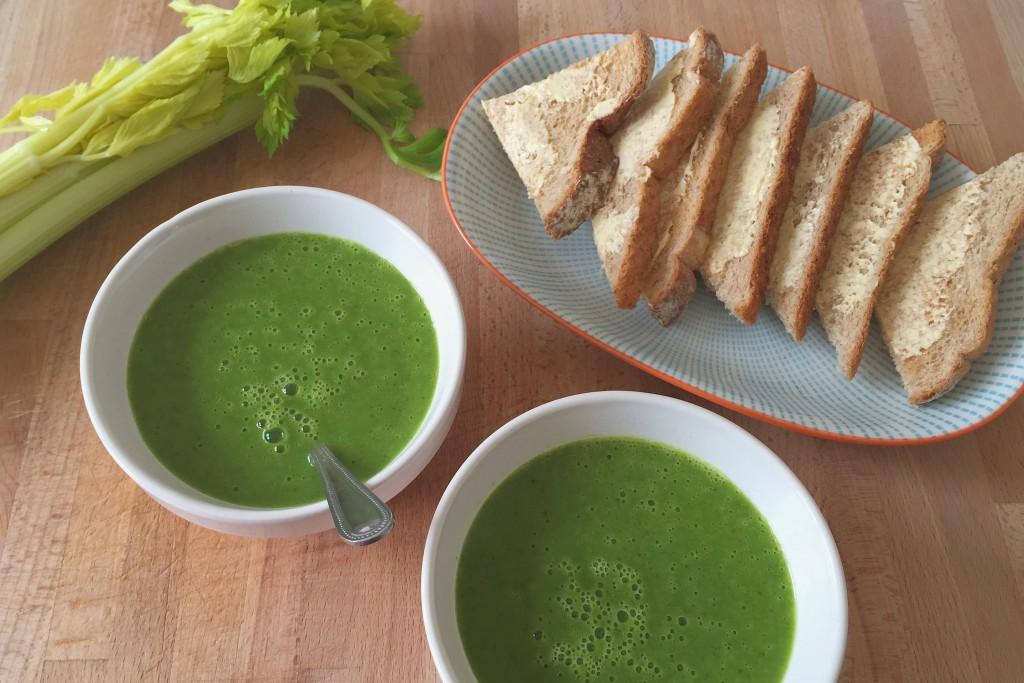 Uvařte si zdravou a chutnou jarní polévku